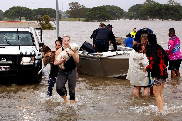 Red Cross emergency teams watch for further flooding in N. Queensland