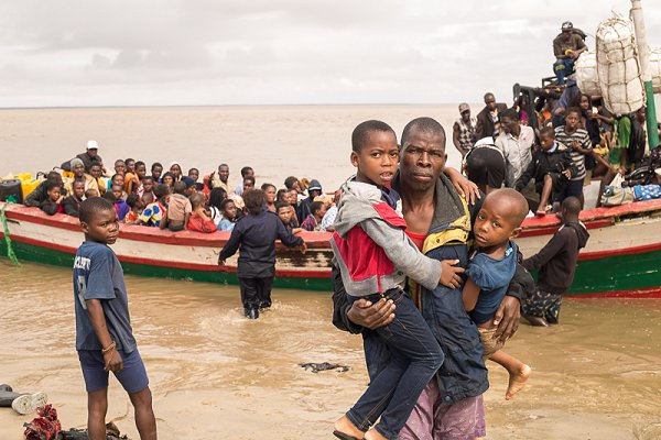 Red Cross deploys ERUs to Beira as Idai survivors arrive by sea