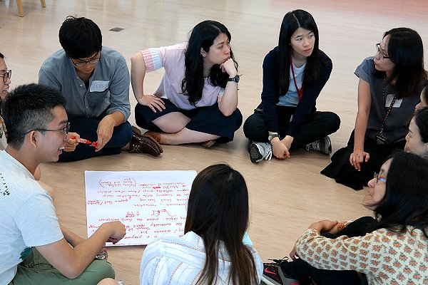 Hong Kong Red Cross explores the 'climate message' through games