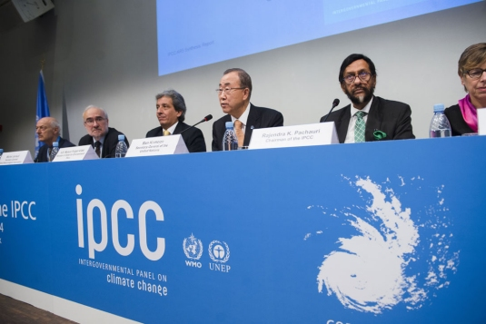 Climate change impacts already felt 'on all continents and across the oceans', says IPCC