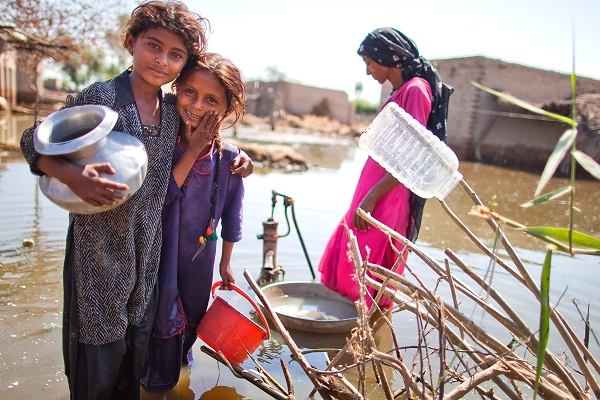IFRC features in major new climate report  from United Nations Association-UK