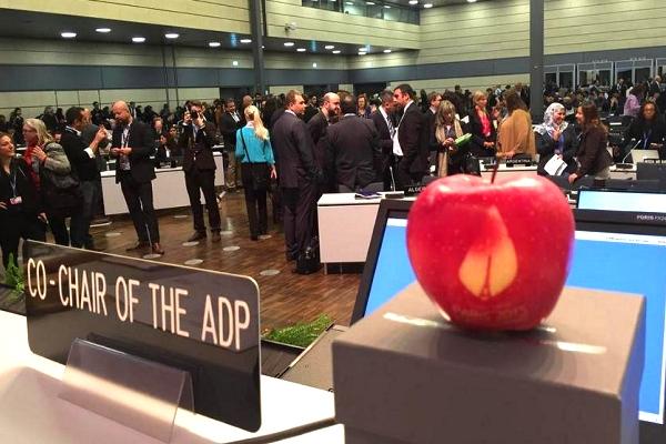 Climate negotiators gear up for  war of words at Bonn talks