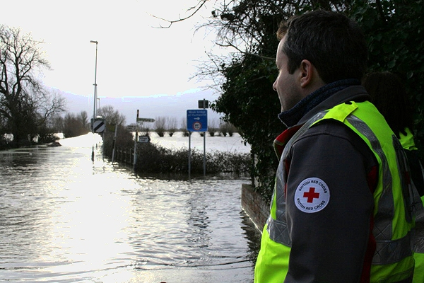The UK under climate change: government advisers assess future domestic risks