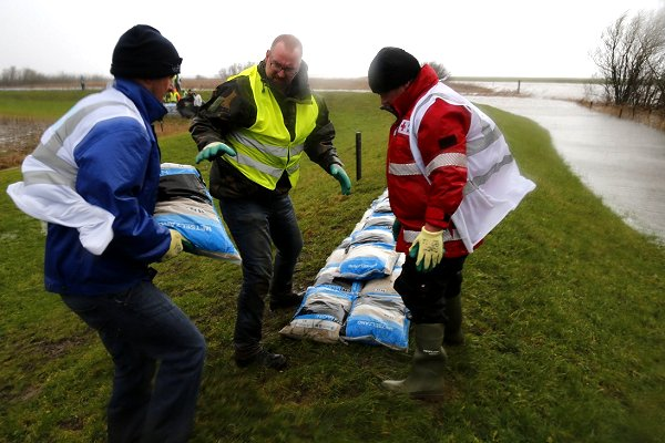 Attribution scientists analyse lethal high winds that swept across Western Europe in January
