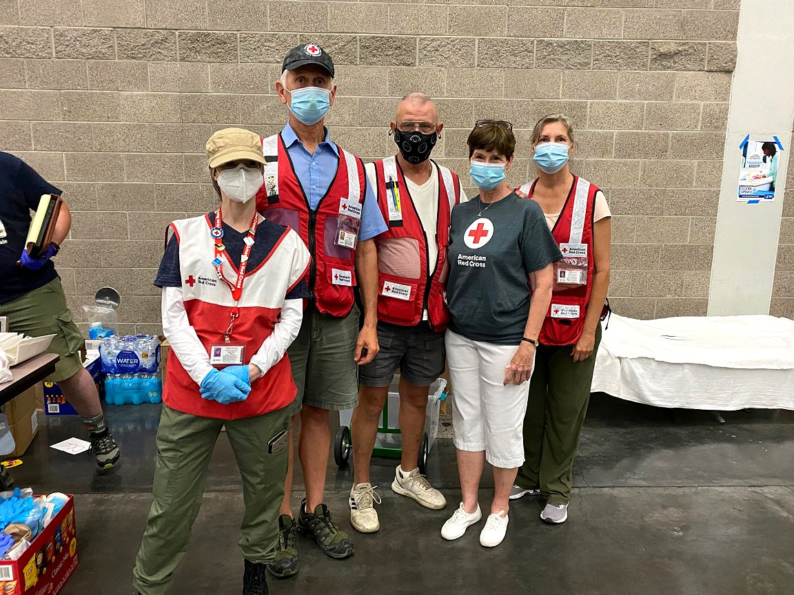 Blog: Historic heat leads American Red Cross volunteers to adapt to 'a disaster like no other'